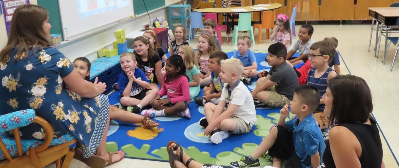 teacher reading students a story